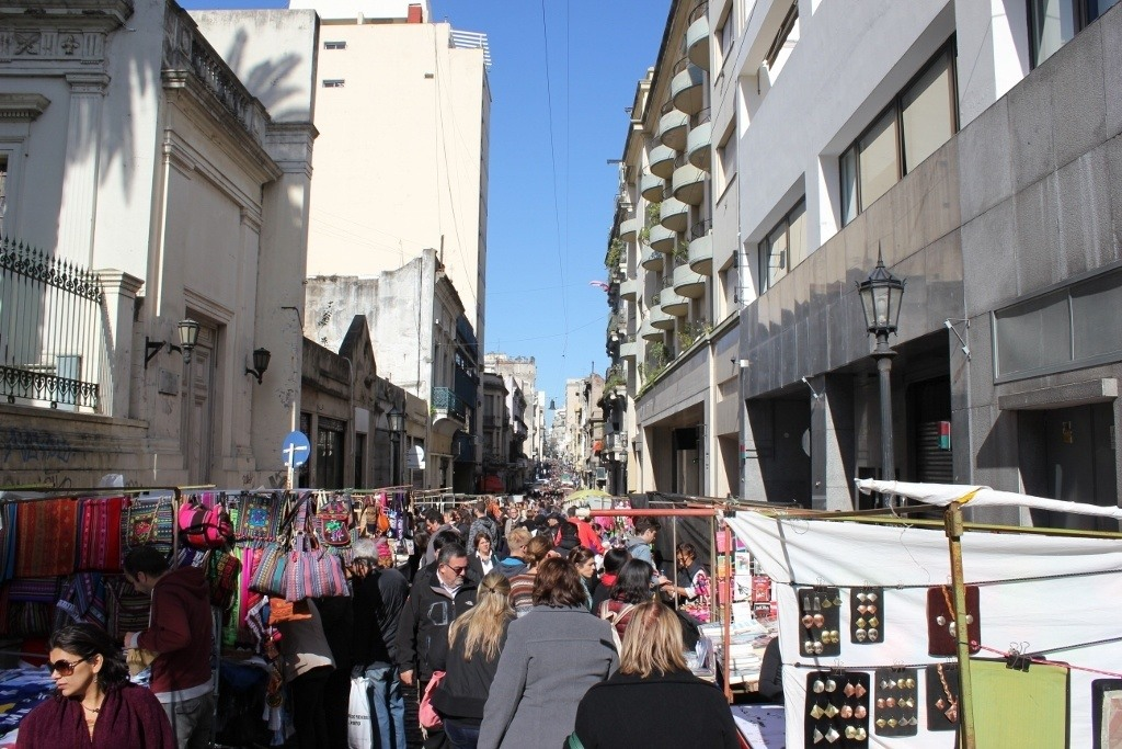 One-day itinerary for Buenos Aires: Sunday's Feria de San Pedro Telmo