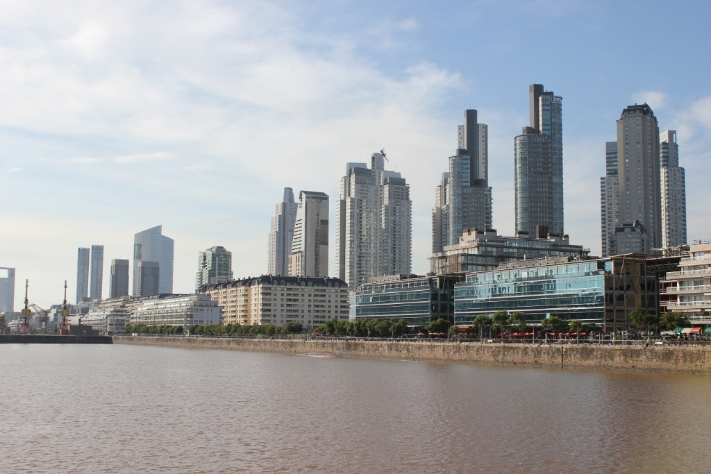 One-day itinerary for Buenos Aires: Visit Puerto Madero