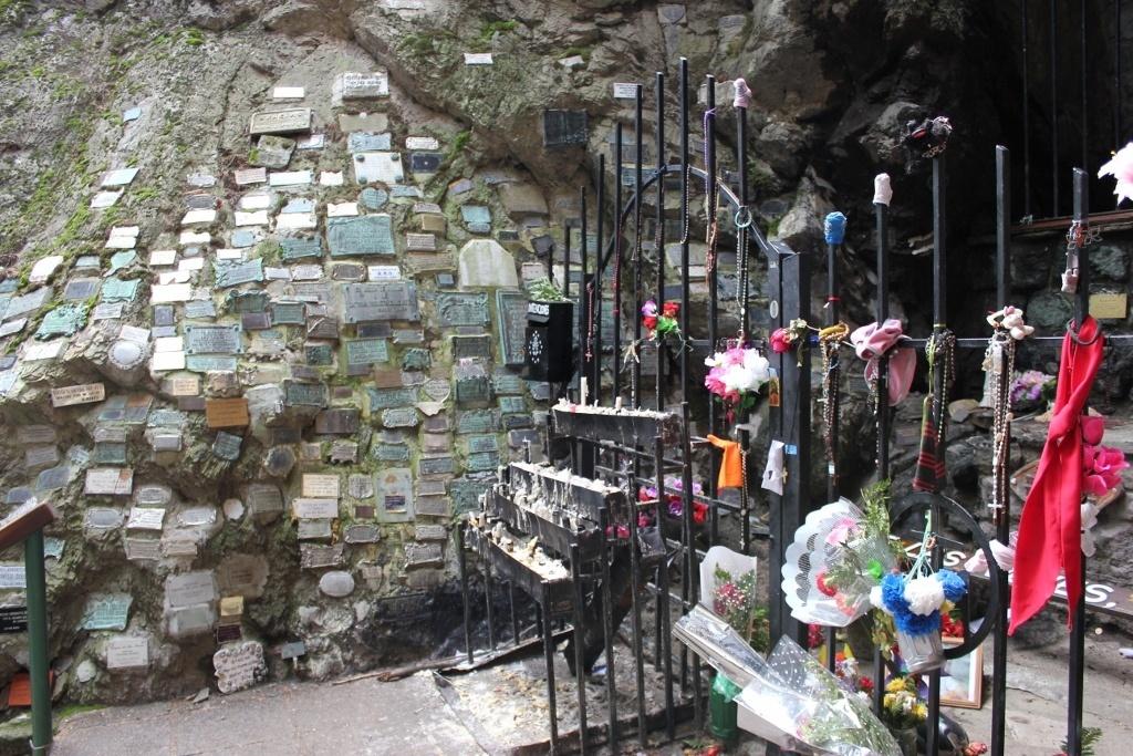 Plaques of gratitude at the Gruta Virgen de las Nieves in Bariloche, Argentina