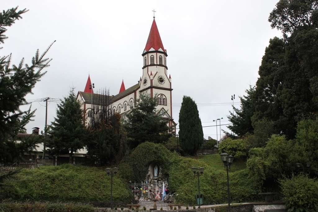 Iglesia del Sagrado Corazon de Jesus and the Gruta de Lourdes below in Puerto Varas, Chile