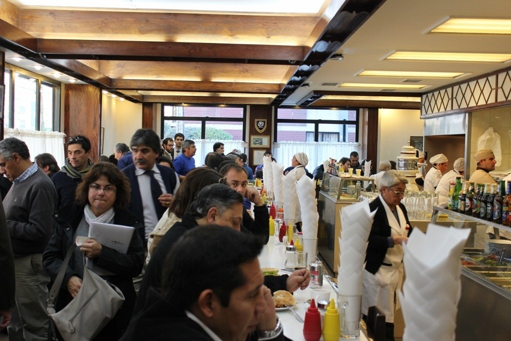 What to eat in Santiago, Chile: Lomito at Fuente Alemana - packed at lunchtime with locals