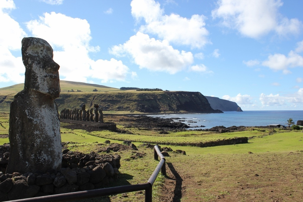 Easter Island Full Day Tour - The Traveling Moai at Tongariki
