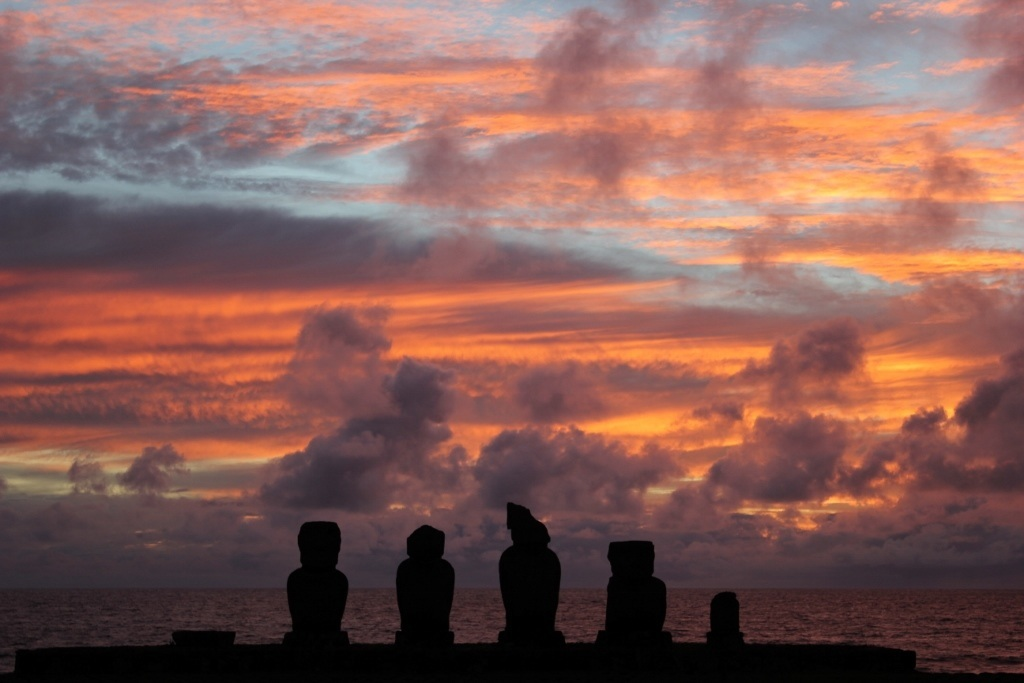 Sunsets on Easter Island at Tahai; The sky filled with color