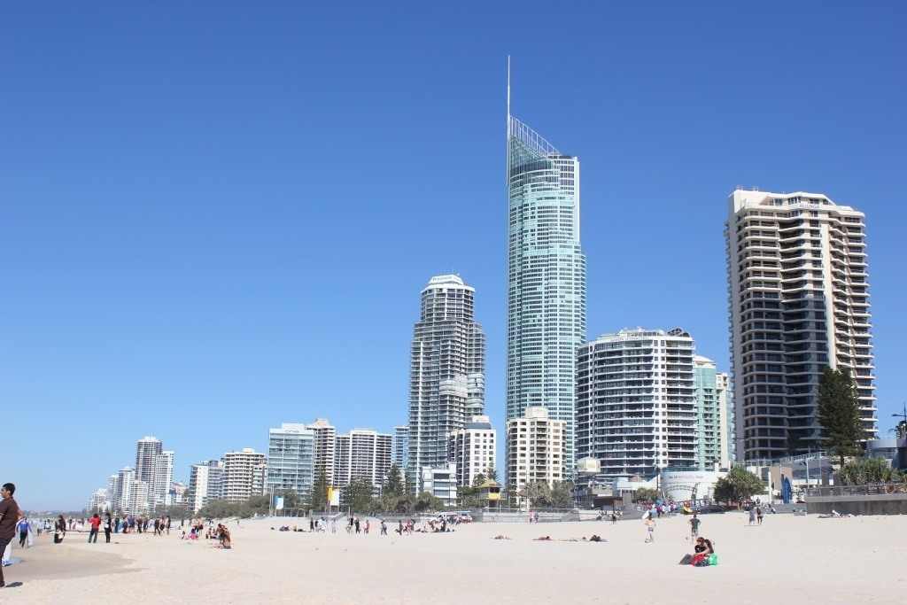 Day trip to Surfers Paradise from Coolangatta: Marveling at the Surfers Paradise skyline from the beach