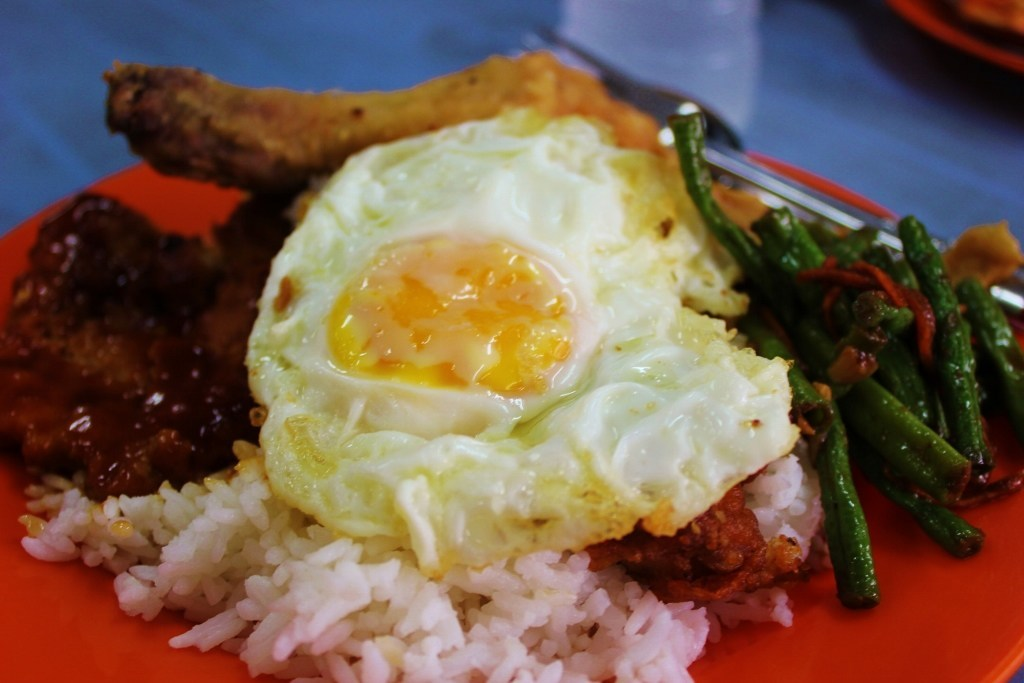 A walk in Johor Bahru, Malaysia: A plate of local food from a hawker stall