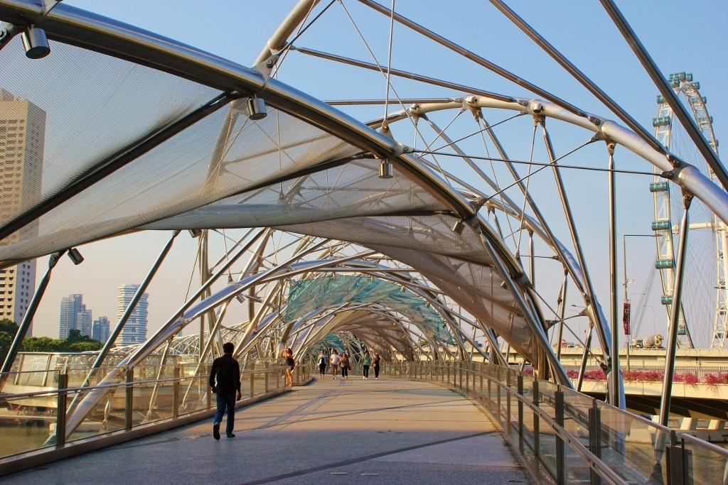 Singapore Marina Bay self-guided walking tour: The Helix pedestrian bridge