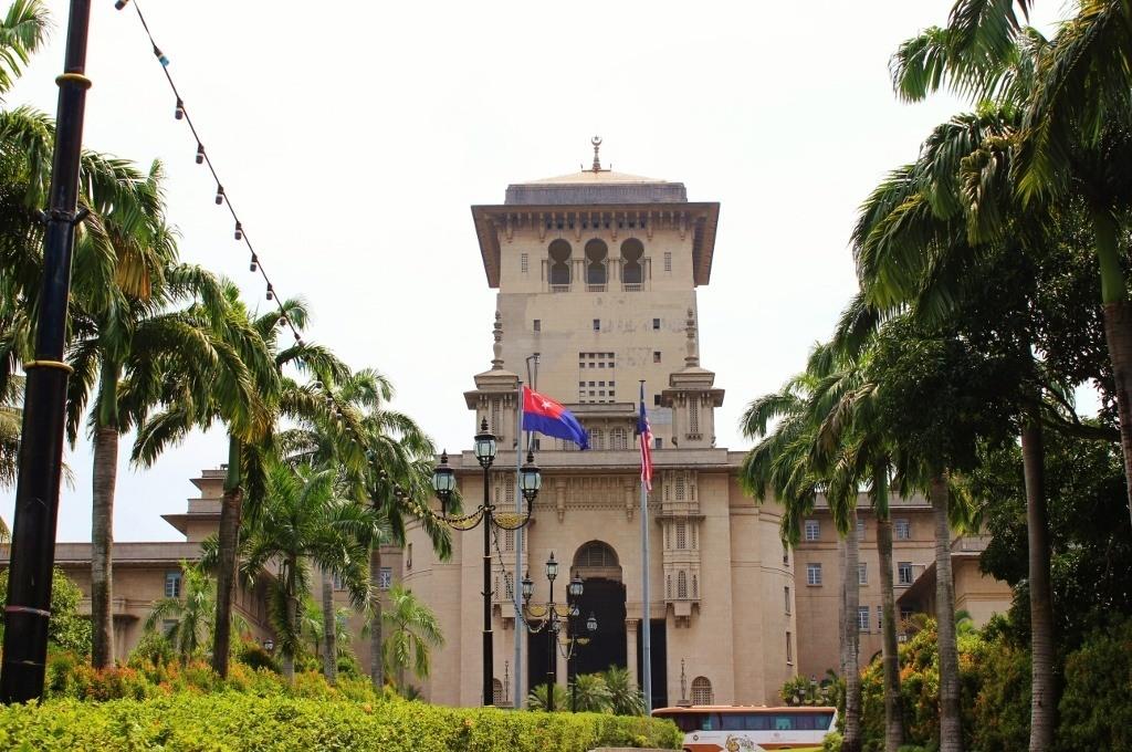 A walk in Johor Bahru, Malaysia: The Sultan Ibrahim Building in Johor Bahru