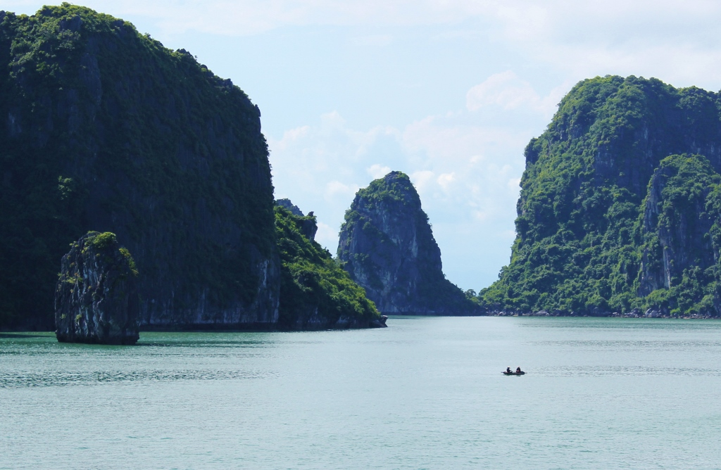 Halong Bay cruise, Vietnam, Karsts
