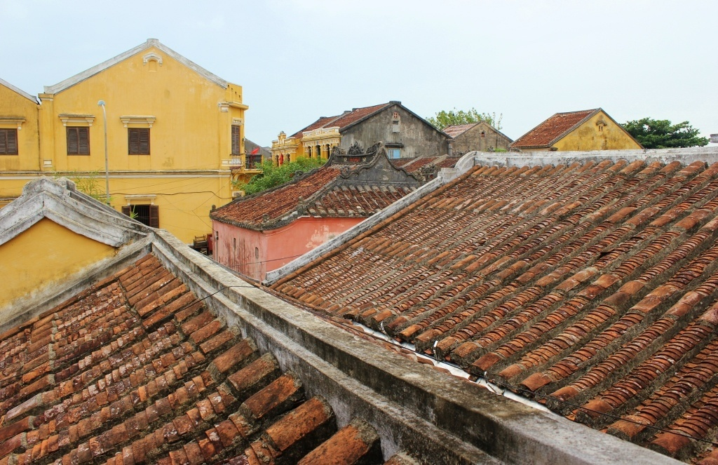 First impressions of Hoi An, Vietnam: View over the ancient Rooftops of Hoi An