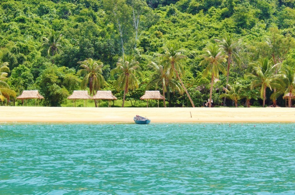 Day trip to the Cham Islands: Our swimming spot