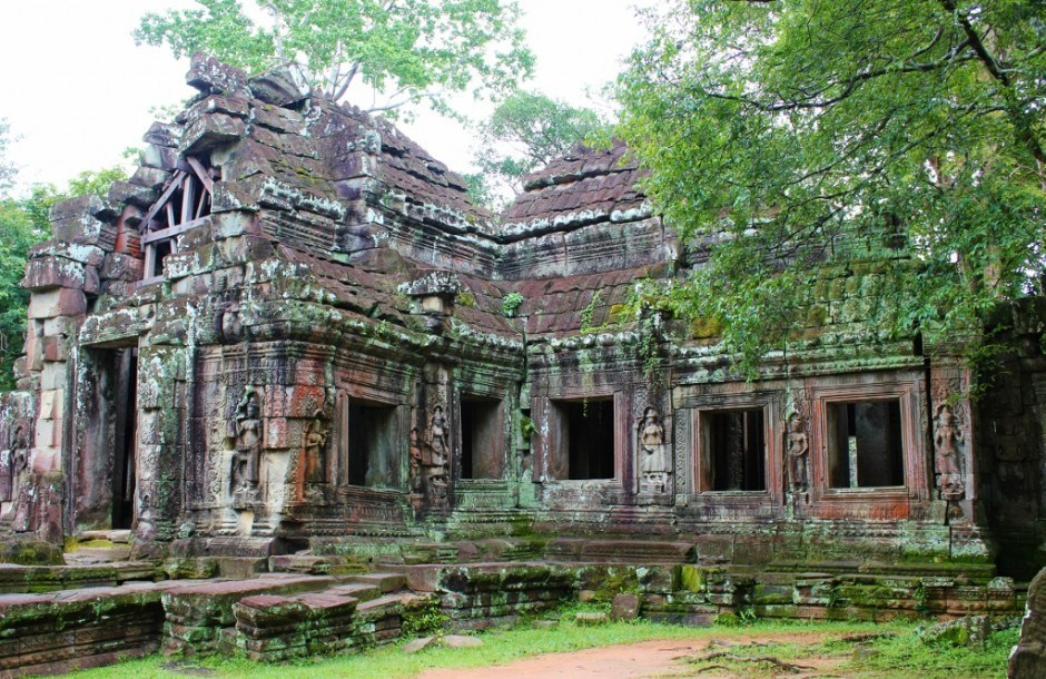 Angkor Temple Tour: Banteay Kdei - While the buildings are not in the best condition, the carvings are striking