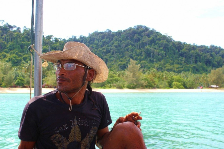 Four Island Tour from Koh Lanta: our longtail boat captain