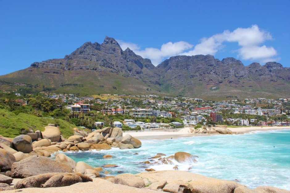 Cape Town Beaches: Camps Bay and Table Mountain