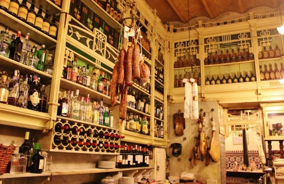 Tapas Bars in Seville, Spain: El Rinconcillo