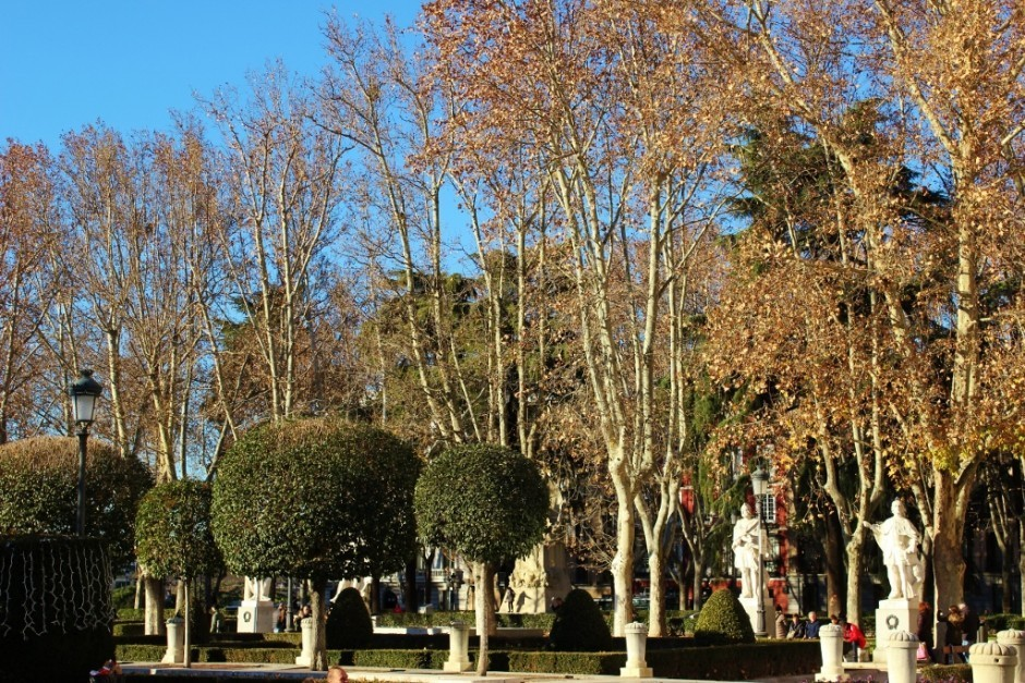 A Self-Guided Walking Tour to Sights in Madrid #7 Plaza de Oriente