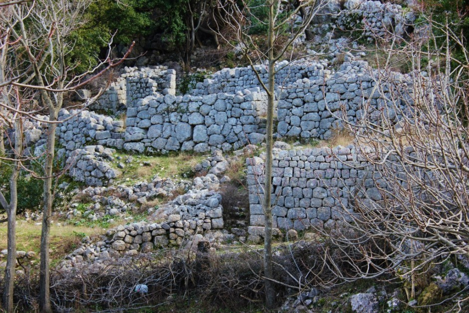 Hiking in Kotor: The outlines of 1000 year old homes are still visible
