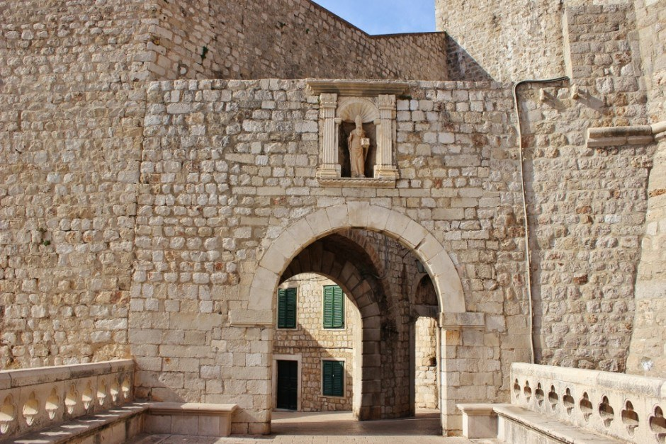 Dubrovnik sights: City protectors: The walls and St Blaise