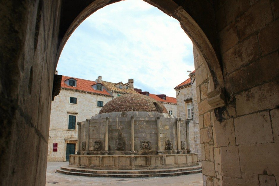 Dubrovnik Sights: Onofrio's Big Fountain