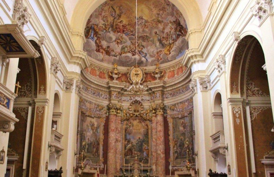 Dubrovnik sights: St Ignatius inside