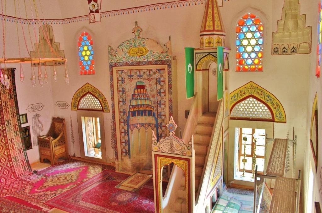 Mostar's Religions: Koski Mehmet-Pasha Mosque - inside