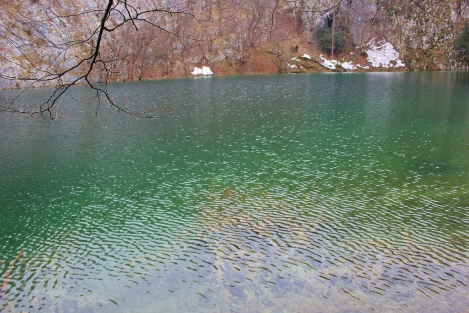 Visiting Plitvice Lakes: The shining sun changed the scenery