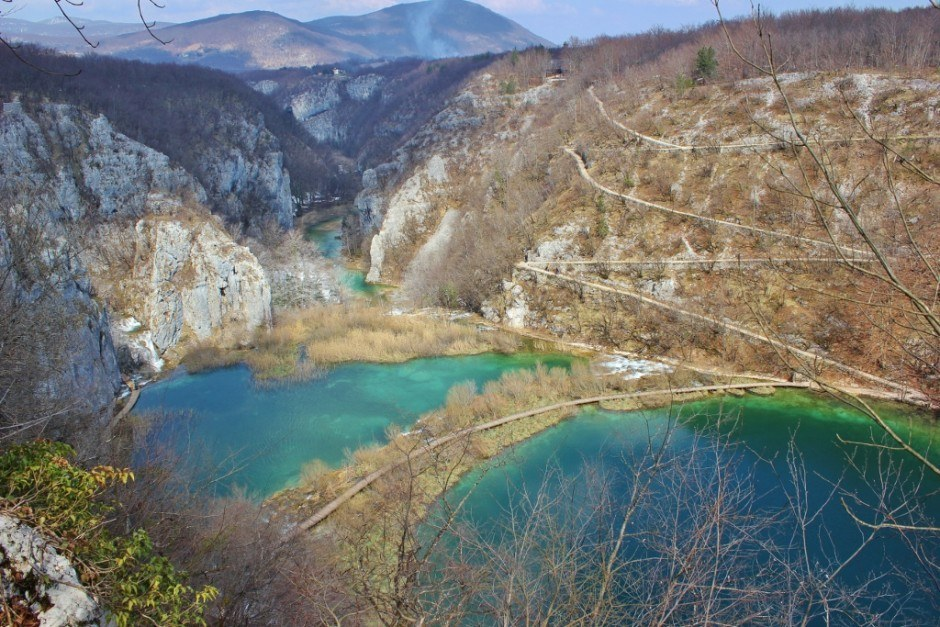 Visiting Plitvice Lakes: A bird's eye view of the park from the western edge of the canyon
