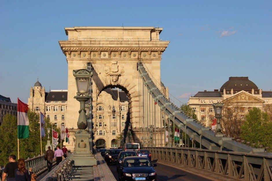 Iconic Budapest sights: Chain Bridge