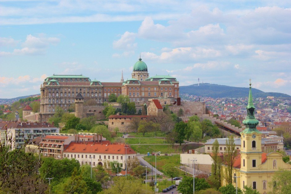 Gellert Hill: View the Royal Palace on Castle Hill from Gellert Hill.