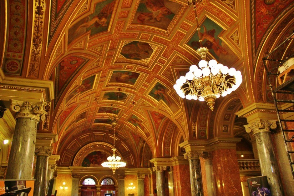 Budapest on a tight budget: It's free to go into the lobby of the Opera House an get a taste of the opulent decor