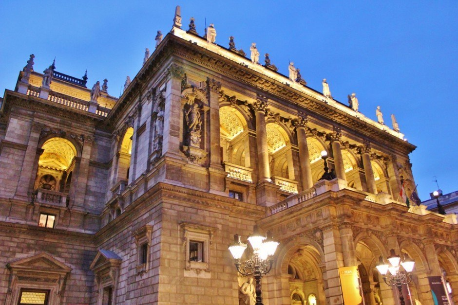 Going to the Opera is an affordable experience in Budapest