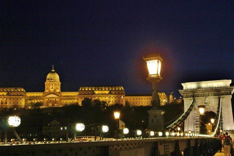 Budapest Iconic sights at night, Royal Palace and Chain Bridge