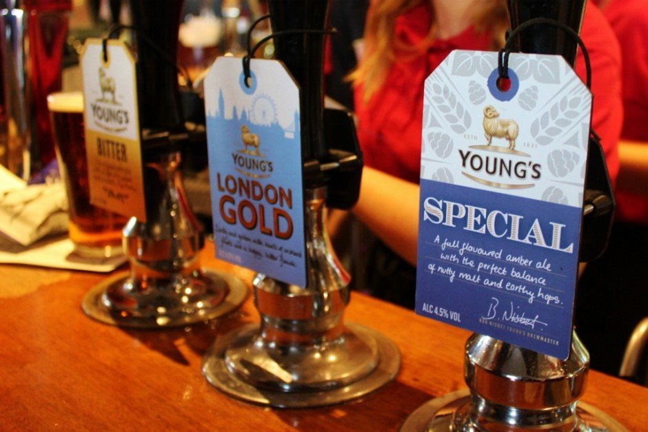 River Thames Pub Crawl #3: Founders Arms has Young's on tap!