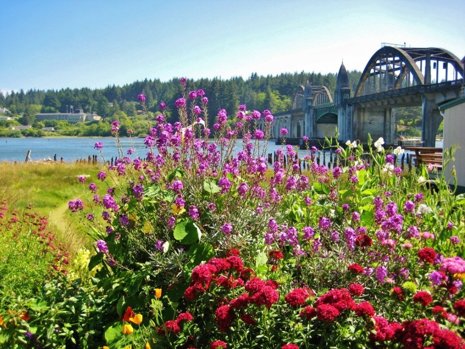 The Siuslaw River Bridge
