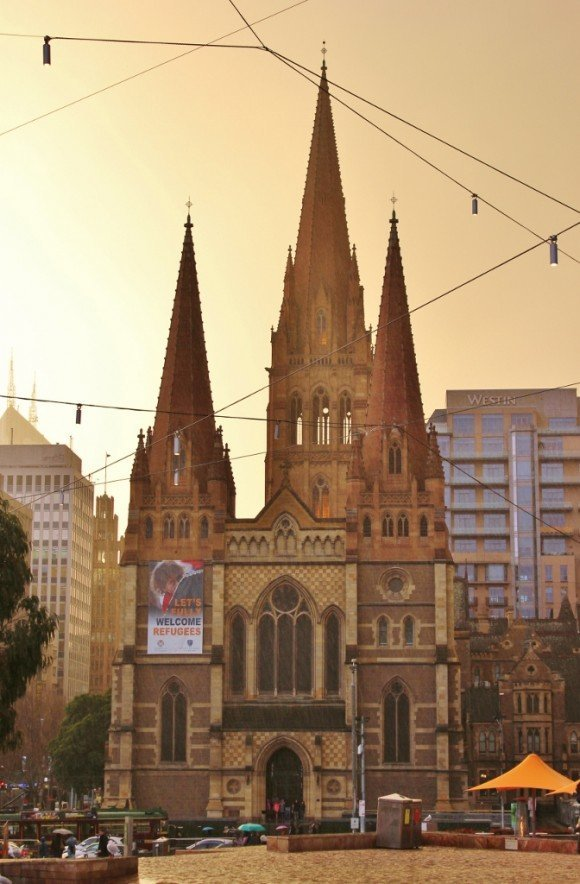Self-guided walking tour of Melbourne: Stop 12, St. Paul's Cathedral