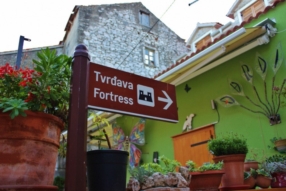 Follow the signs that lead to the fort in Skradin, Croatia
