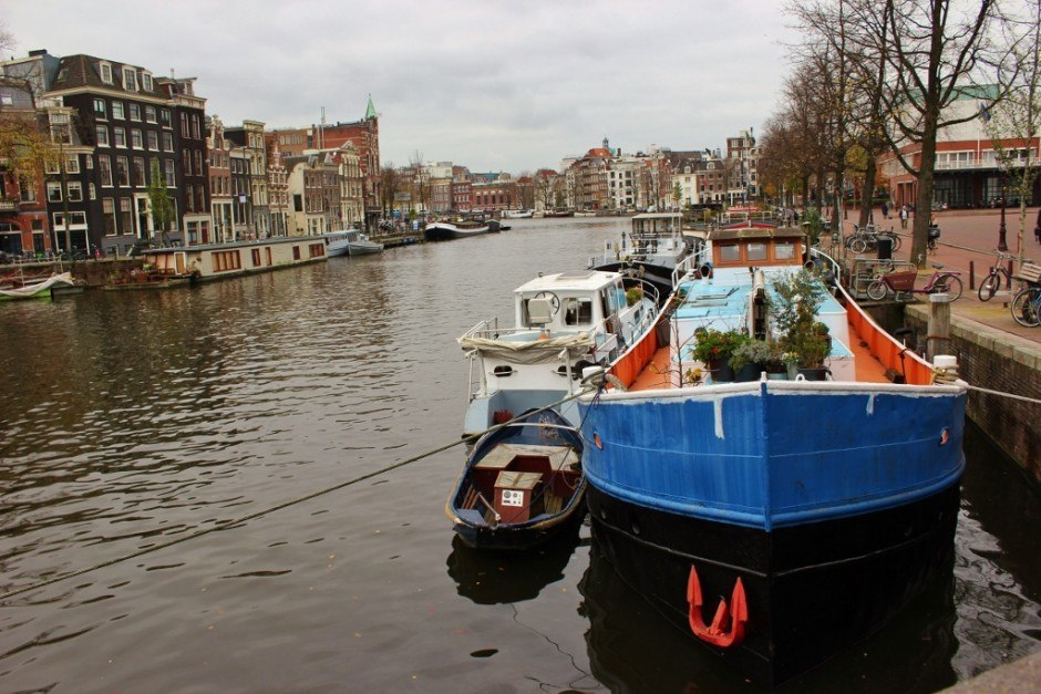 One day in Amsterdam self-guided walking tour - sight 10: Houseboats moored in front of the Opera