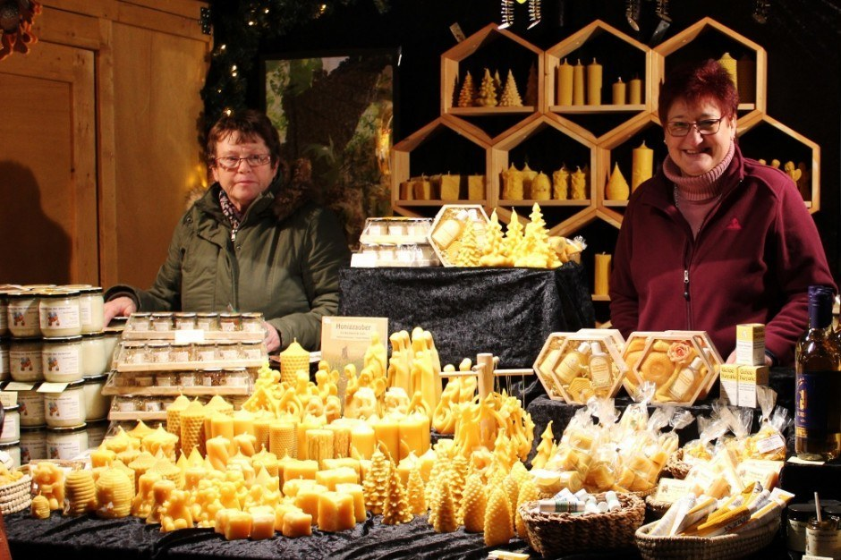Christmas Markets near Nijmegen Netherlands Kleve Germany Beeswax Booth