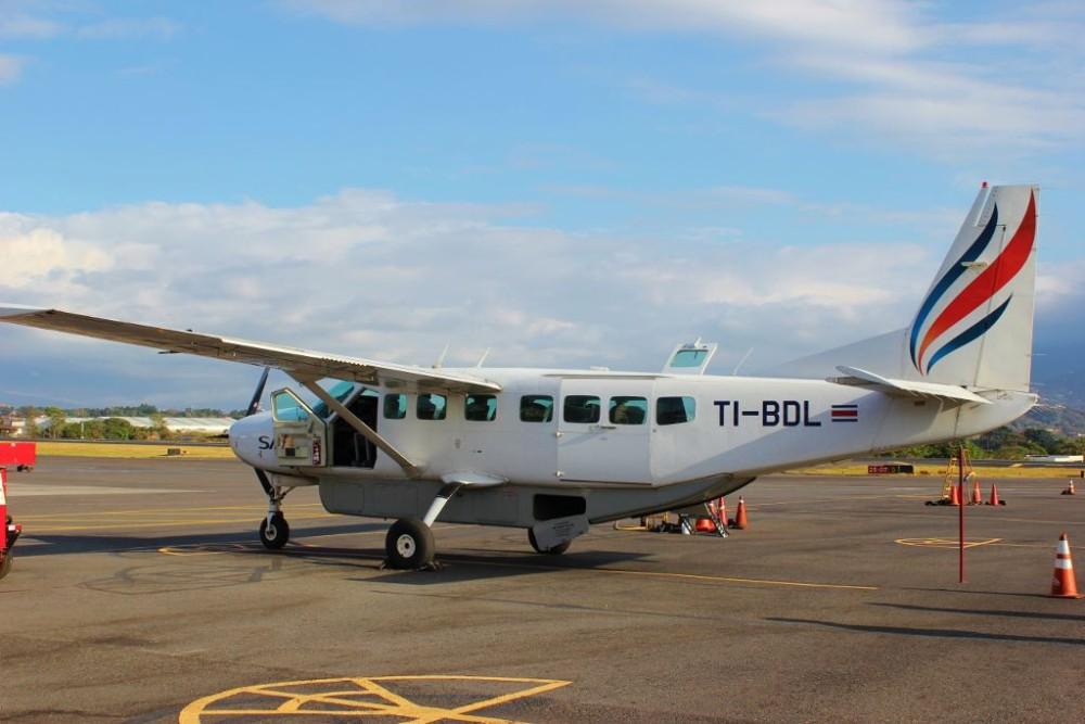 Getting to Zancudo, Costa Rica on Sansa Air Cessna JetSetting Fools