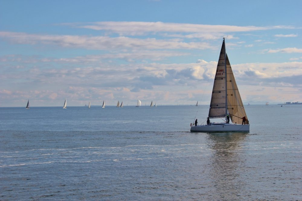 Best Things To Do In Melbourne, Australia -Watch the sailboats as you Walk from Port Melbourne to St. Kilda JetSetting Fools