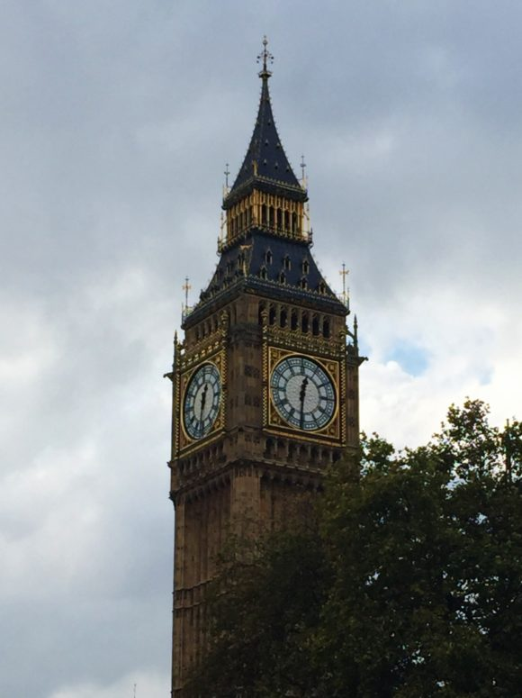 15-Day London Paris Rome Itinerary London Big Ben at dusk