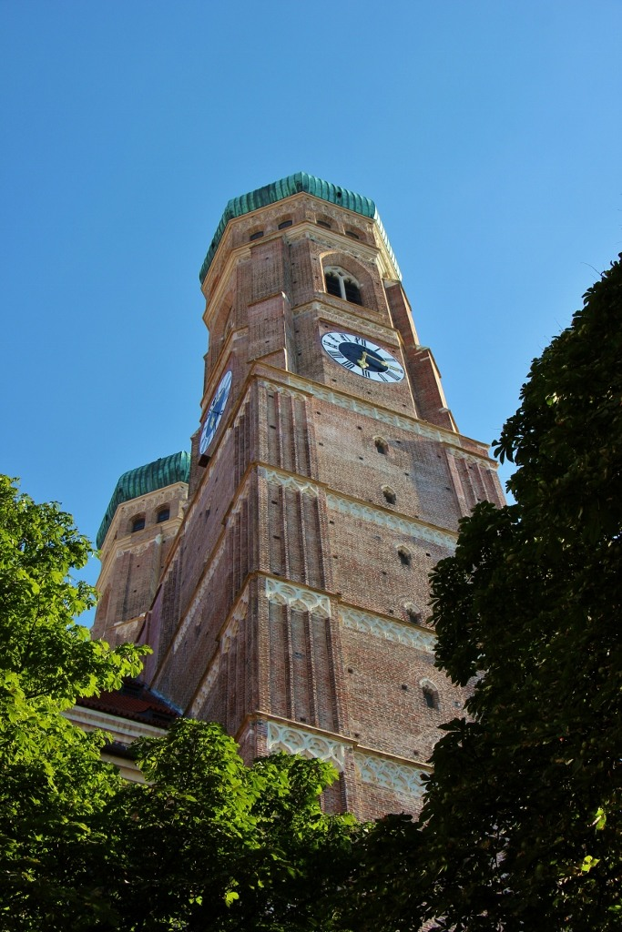 Sightseeing on a Layover in Munich Frauenkirche Munich Cathedral of Our Lady Towers JetSettingFools.com