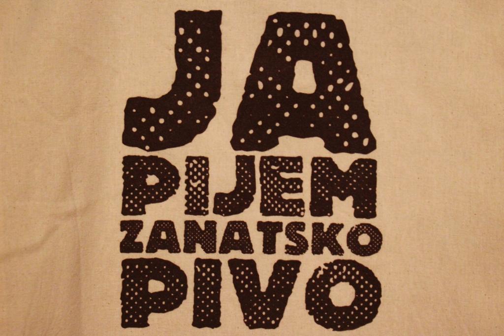 Ja pijem zanatsko pivo means I drink Craft Beer in Serbian