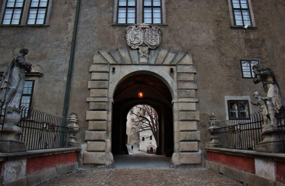 Krumlov Castle Stone Bridge over bear moat and Castle Gate, Cesky Krumlov, Czech Republic