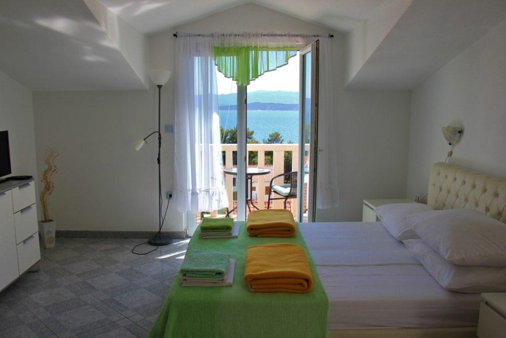 Airbnb Apartment with sea view in Bol, Brac, Croatia