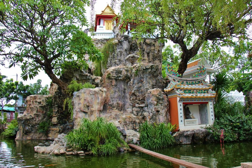 Wat Prayurawongsawat Worawihan or Wat Prayoon in Bangkok, Thailand