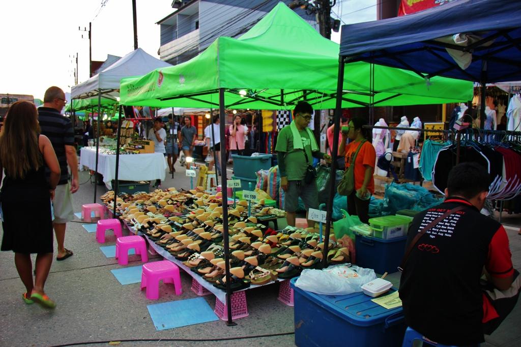 Sunday Walking Street Market, Chiang Rai, Thailand ...