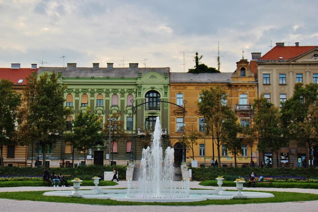 Ledeni Park and fountain, Green Horseshoe Parks, Zagreb, Croatia